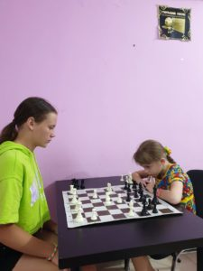 Шахматные турниры - обязательная часть обучения. Не важно, сколько тебе лет, важно, что ты можешь.